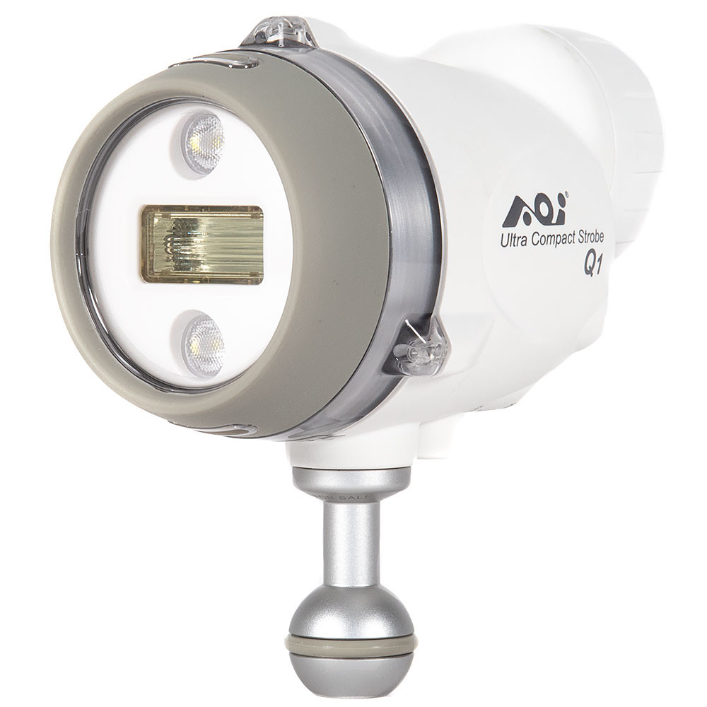 AOI Q1 Ultra Compact Underwater Strobe