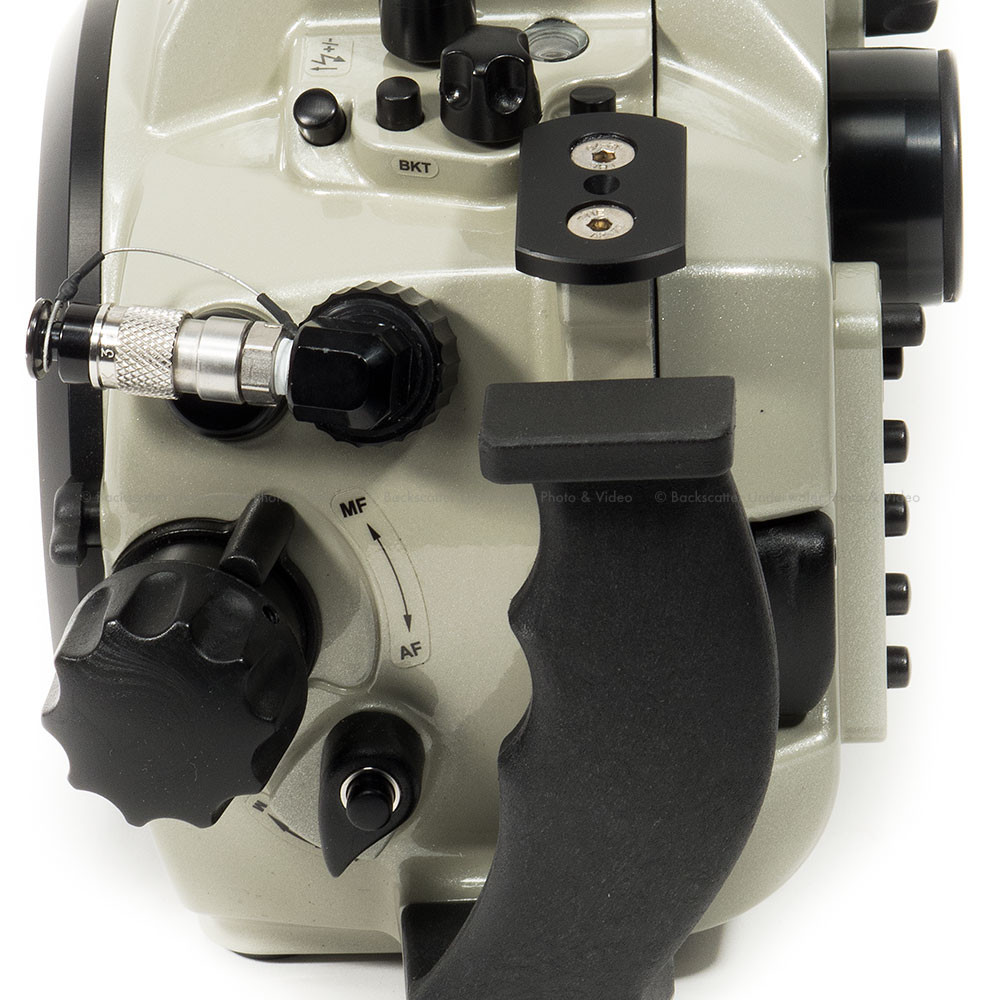 Backscatter AirLock Vacuum System with Manual Valve