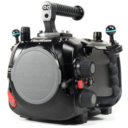 Nauticam Epic Lt Underwater Housing for Red Epic Dragon, Red Epic & Red Scarlet Cameras with RedTouch 5 Back
