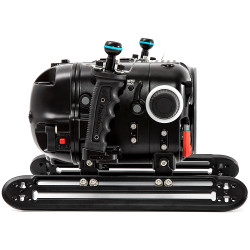 Nauticam Red Komodo 6K Underwater Cinema Housing - Standard Back Version