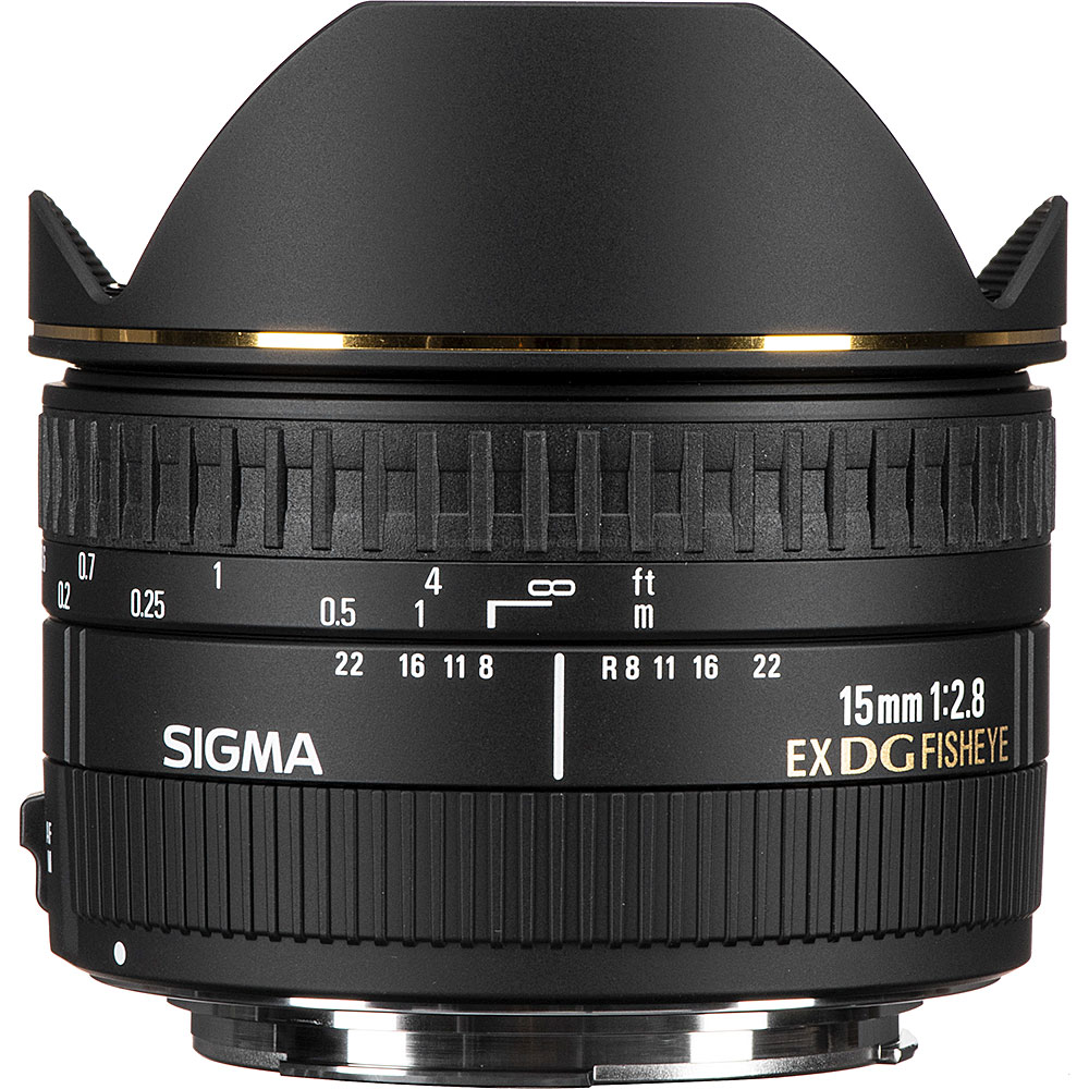 Sigma 15mm F2.8 EX DG lens for Canon