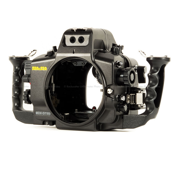 Sea & Sea MDX-D7100 Underwater Housing for Nikon D7100 & D7200 DSLR Cameras