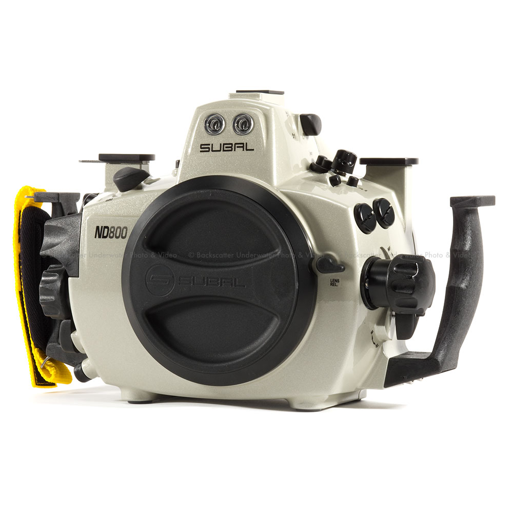 Subal ND800 housing for the Nikon D800