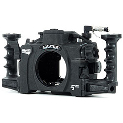 Aquatica AE-M1 Underwater Housing with Dual Optical Bulkheads & Vacuum circuitry kit for Olympus OM-D E-M1 Camera aq-32000-opt-vc.jpg