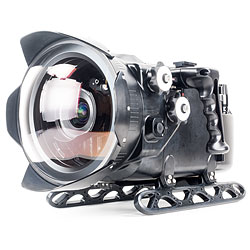 Nauticam NA-DCES Underwater N200 Housing Digital Cinema System for Red Epic, Scarlet & Dragon Cameras with PL Lens Mount Kit and 5 inch LCD na-16131.jpg