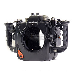 Nauticam NA-D4s Underwater Housing for Nikon D4 & D4S with Dual Nikonos Bulkheads na-17208.jpg