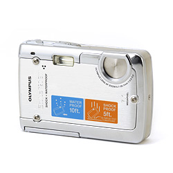 Olympus  Stylus 720 waterproof camera ol-225765.jpg