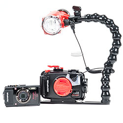 Backscatter Olympus TG-4 Camera, Housing and Inon S2000 Strobe Package