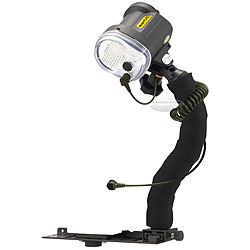 Sea & Sea YS-03 Universal Lighting System Underwater TTL Only Strobe Package ss-03541.jpg