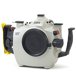 Subal CD3 Underwater Housing for Canon EOS 1D Mark III and Canon EOS 1Ds Mark III su-10cd3s.jpg