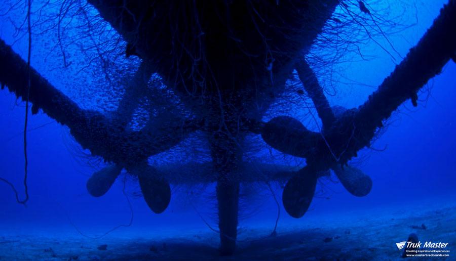 ©Truk Master - Bikini Atoll - Pacific Master - Apagon Props