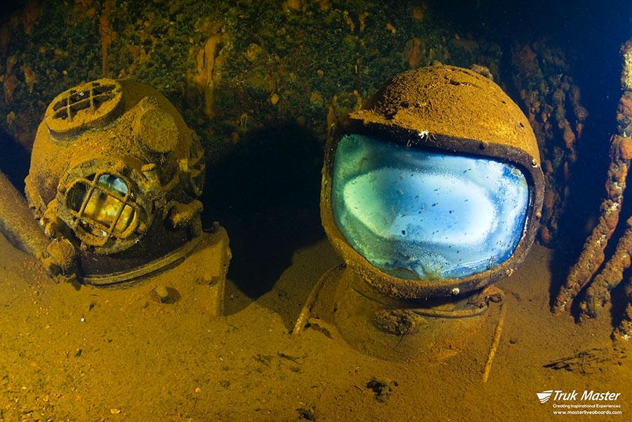 ©Truk Master - Bikini Atoll - Pacific Master - diving helmets saratoga