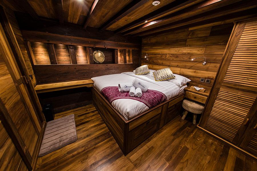 Raja-Ampat-Indo-Samambaia-dbl_cabin