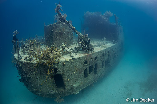 Wreck on the house reef