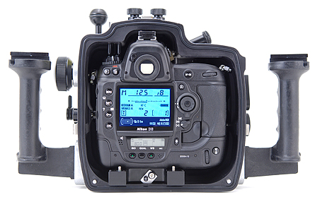 Nikon D3 Underwater - Aquatica Housing Back